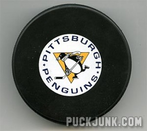 Oldschool Penguins puck